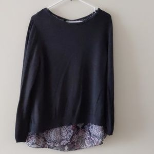 Apt .9 Sweater top 5 Buttons Size Large